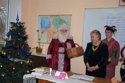 """Advento šventė """"Kalėdų stebuklo belaukiant"""" Bukiškių skyriuje"""