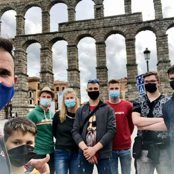Erasmus+ pandemijos metu: Būti ar nebūti? Atsakome: Būti!