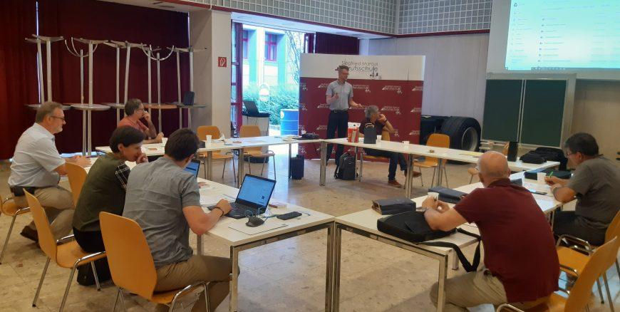 Projekto grupės pirmasis -  hibridinis susirinkimas Vienoje