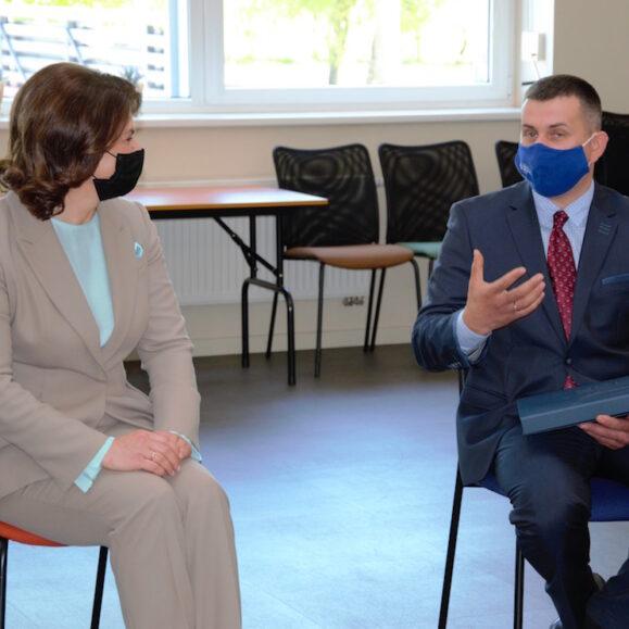 Sektoriniame praktinio mokymo centre lankėsiLietuvos prezidento Gitano Naudėdos žmona Diana Nausėdienė.